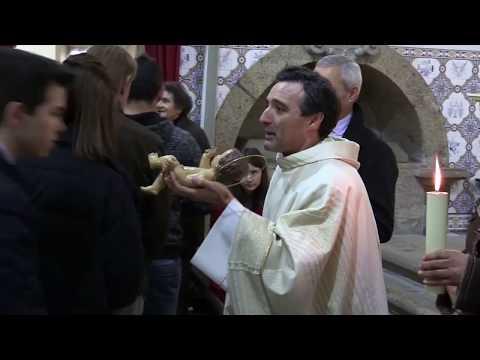 Paróquia de Lanheses cumpre a tradição de dar o Menino a Beijar
