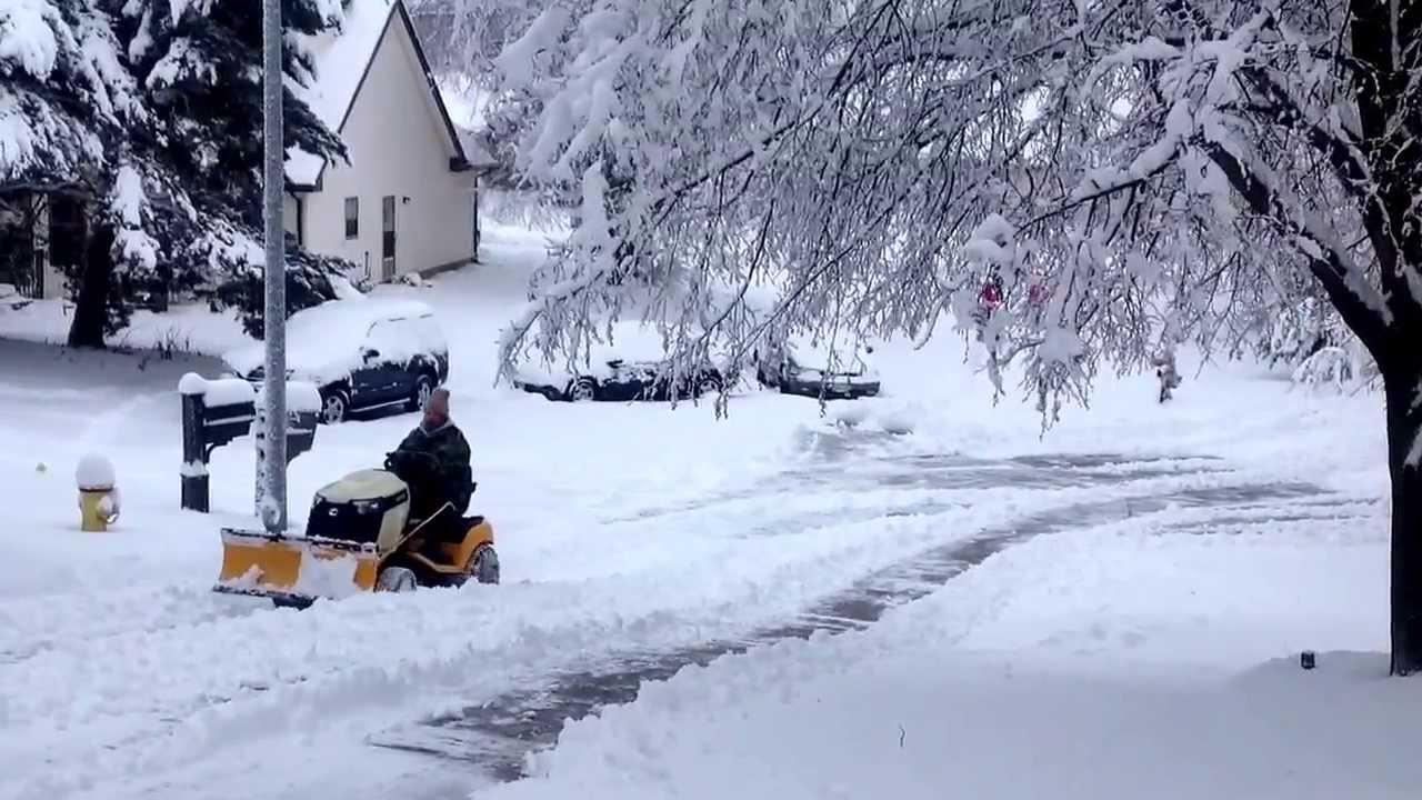 Cub Cadet Gt Plowing 10 Snow