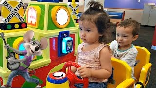 Indoor Fun at Chuck E Cheese - Family Fun Games Rides and Play Area for Kids - Toys Explorers