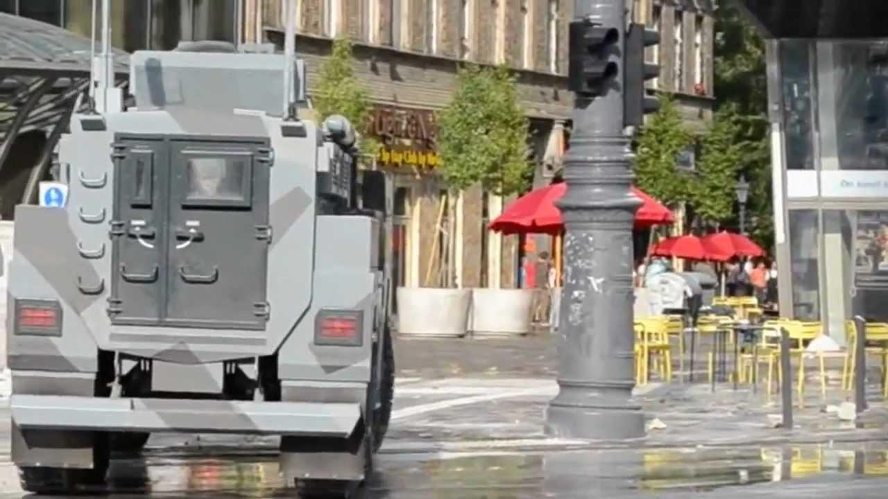 Download DARTZ Kombat MRAP stunt car in A Good Day To Die Hard - Budapesht aka Moscow.