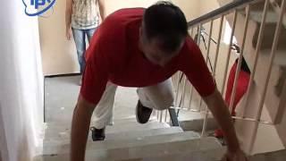 видео Бег в подъезде по лестнице для похудения