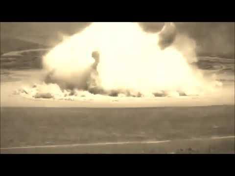 Aтомный взрыв для монтажа