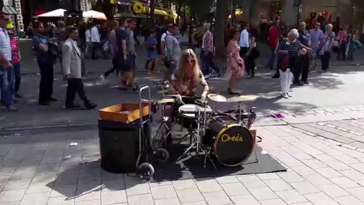 Drummerin