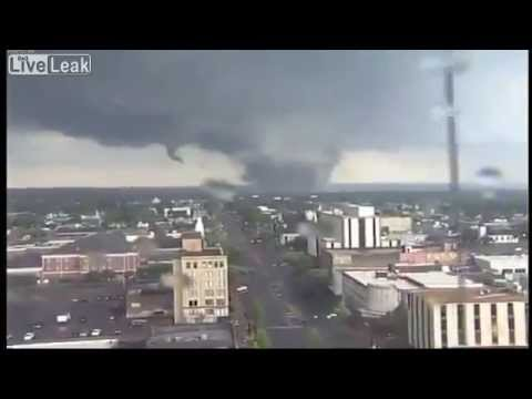 Biggest Tornado in USA Captured on Video!