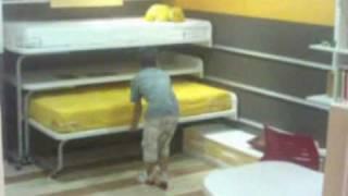 Gambar cover Dormitorio juvenil con camas y mesa desplazables