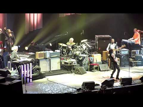 'Hi Ho Silver Lining' (encore) -Eric Clapton & Jeff Beck, 13th February 2010 @ The O2