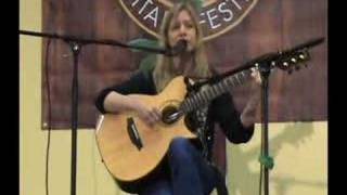 Muriel Anderson - Doolin Guitars - Newport Guitar Fest part2