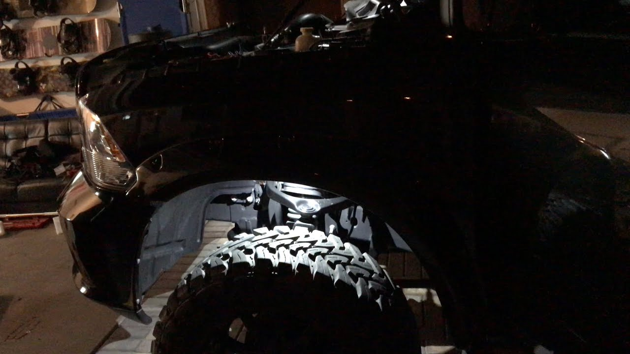 hight resolution of pro comp rs 6 rock light install