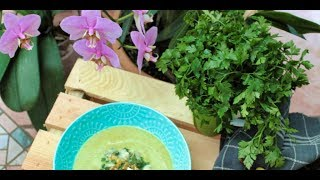Cauliflower Recipes - Cauliflower Soup with Pear and Gorgonzola