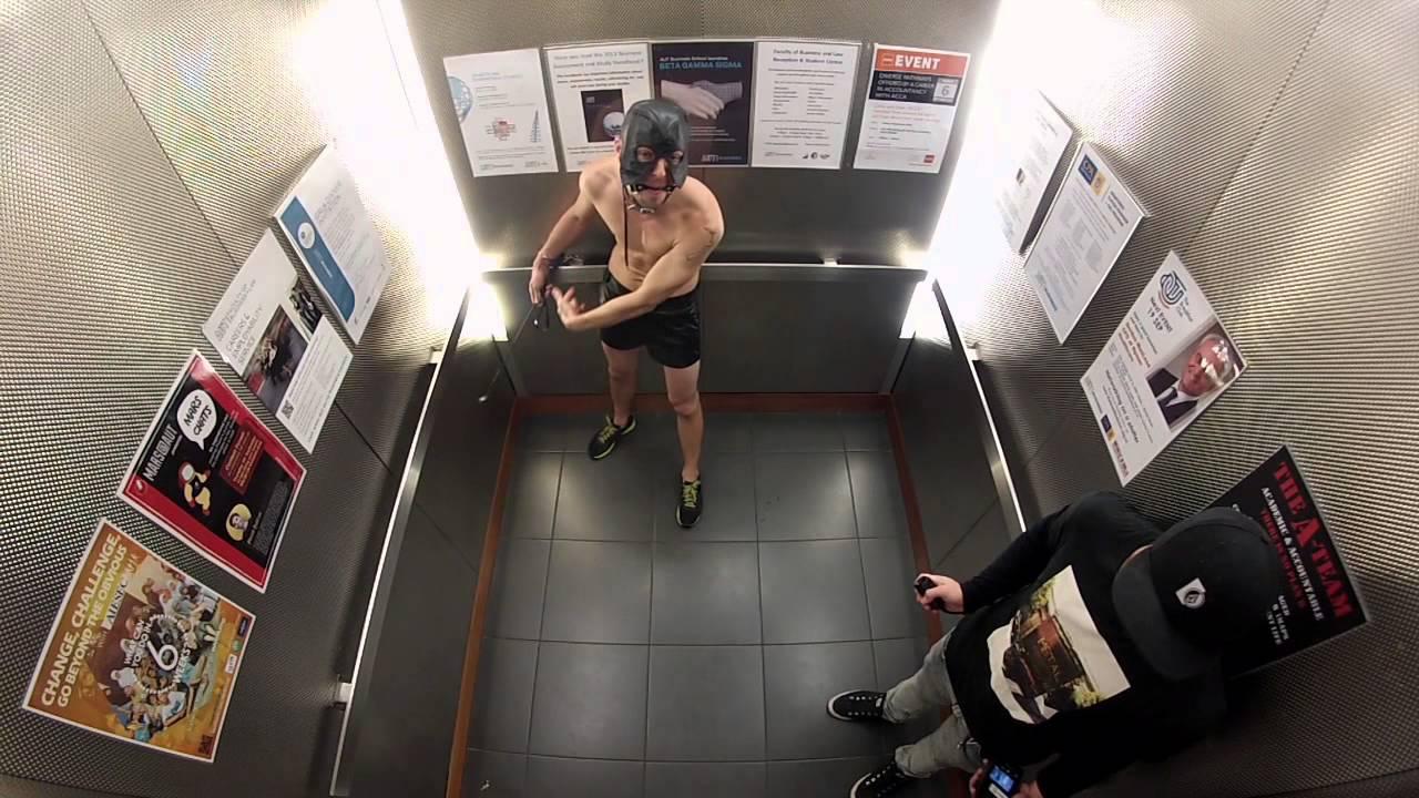 Action Men - Lift Roulette  Jono And Ben At Ten - Youtube-1070