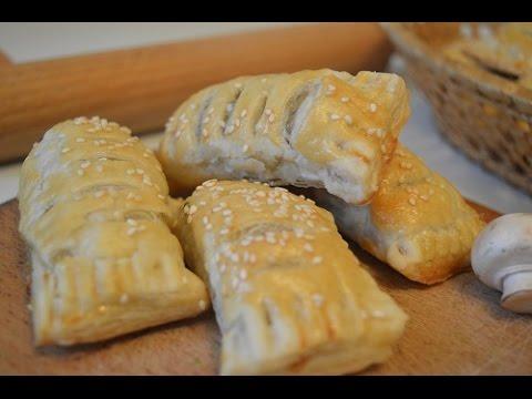 Слойка с грибами и сыром