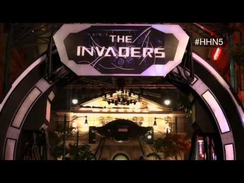 The Invaders: behind-the-scenes stilts training for USS Halloween Horror Nights 5 (HHN5)