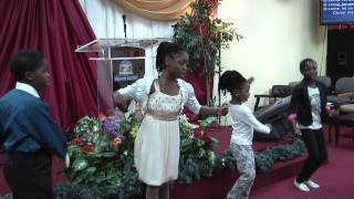 "Zero Hour Childrens Singing Christmas 2013 Song in Yoruba ""Keremisi lo ma de o"""