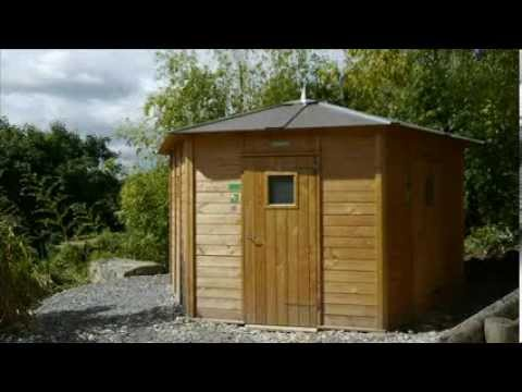 Toilettes sèches publiques Petit Coin Nature:  l'Hexagone Plaine