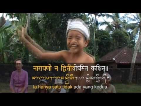 Lantunan Puja Trisandya Bali Beserta Tulisan Aksara Bali dan artinya HD
