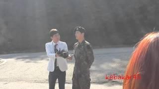 150526 Song Joongki discharged.