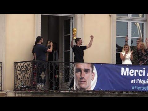 Griezmann accueilli en héros chez lui à Mâcon