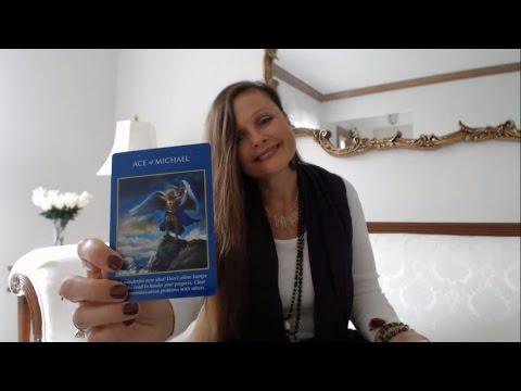 Free Daily Oracle & Tarot Intuitive Angel Card Reading - Thursday Nov 3, 2016