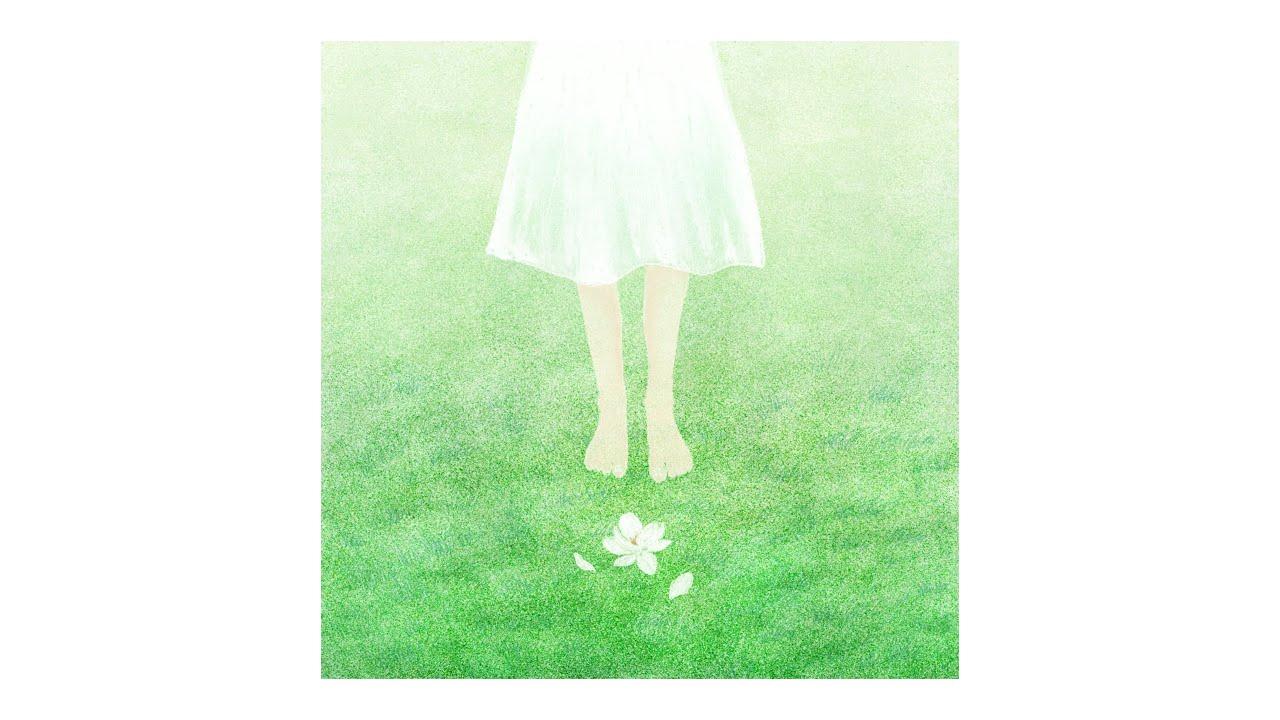 A calm breeze & green grass 🌾 Hitori ~ Omoide