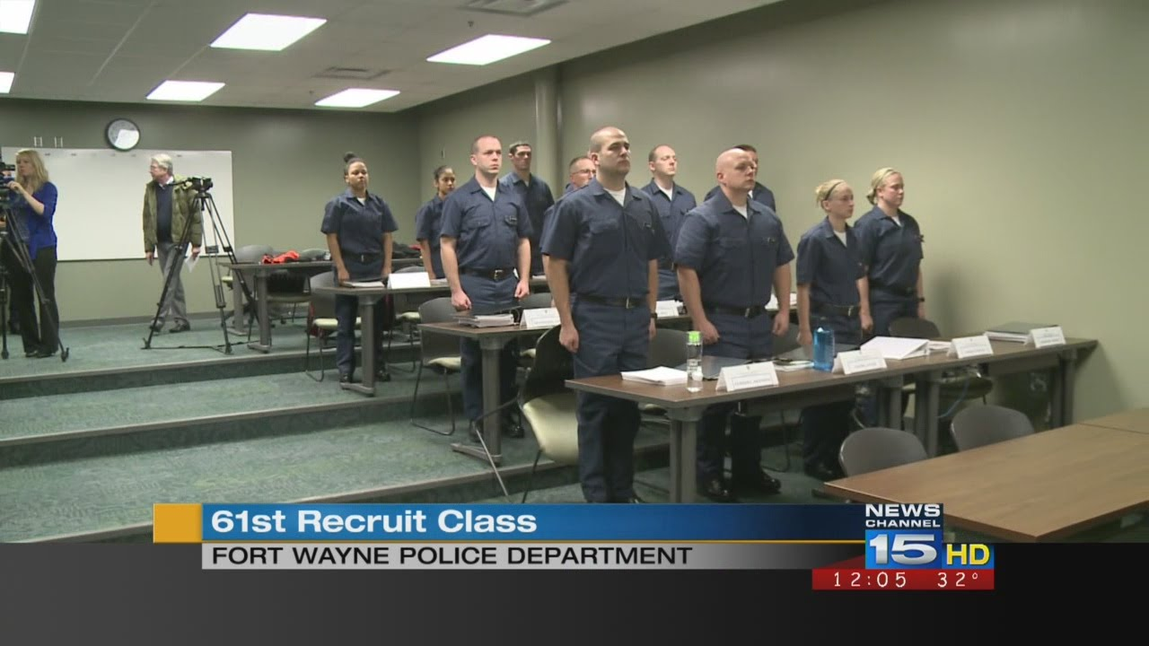 Fort Wayne police recruits - YouTube