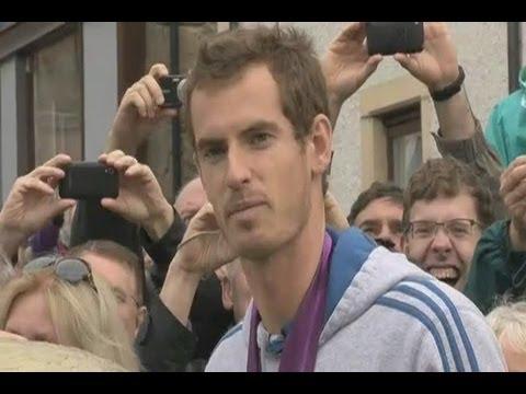 Murray reaches Djokovic final in Aus