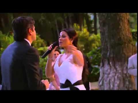 Maite Perroni canta 'Todo lo que Soy' en #LaGata (Boda Esmeralda y Pablo)