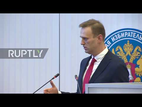 Russia: Opposition leader Alexei Navalny barred from 2018 presidential race