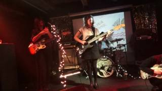 THE PADLA BEAR OUTFIT & MAK  //  Live at Ионотека