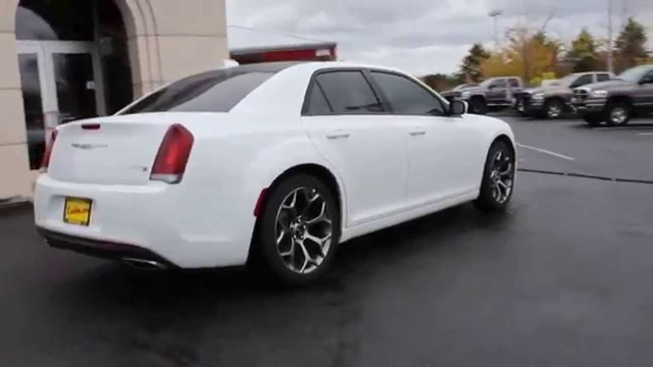 2015 Chrysler 300 S Bright White Clearcoat