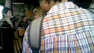 Sabah Borneo (KDCA Kaamatan 2011) Tambunan Bamboo Band -music 'Sayang Kinabalu'.mp4