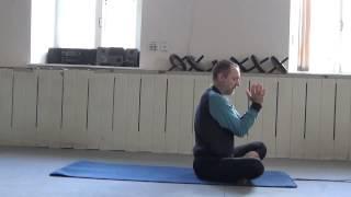 2015.03.07 -7 Випарита Карани Мудра (подготовка к выполнению)  с упором на носки ног
