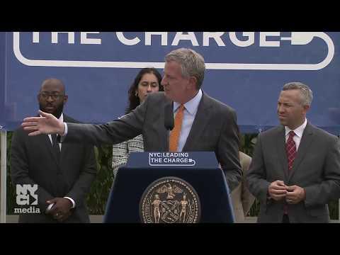 Mayor de Blasio Makes Announcement Expanding Electric Vehicle Accessibility