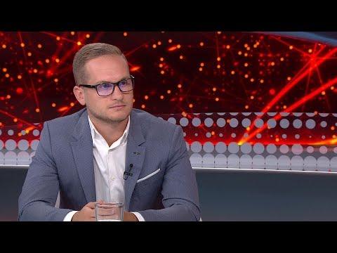 Történelmi mélyponton Angela Merkel pártja - Deák Dániel - ECHO TV
