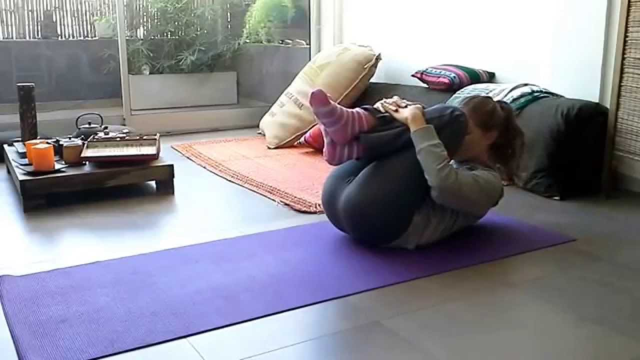 Pavana Muktasana-Pindasana-Yoganidrasana - YouTube