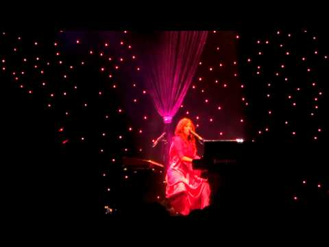 Tori Amos - Imagine (John Lennon cover) Frankfurt 2011 HQ