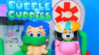 Bubble Guppies Check-Up Center Playset Rock