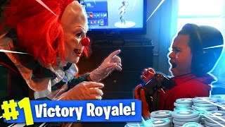 9 ANS OLD KID GETS SCARED BY A KILLER CLOWN WHILE ALMOST WINNING IN FORTNITE PRANK! (GONE WRONG!)