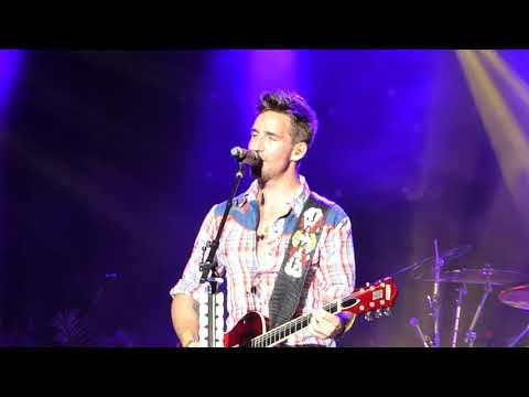 Jake Owen- Live-