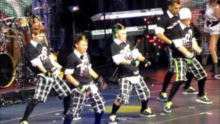 "Dyland & Lenny ""Caliente"" ft. 787 Crew  @ Espectacular 2011 [5/30/2011]"