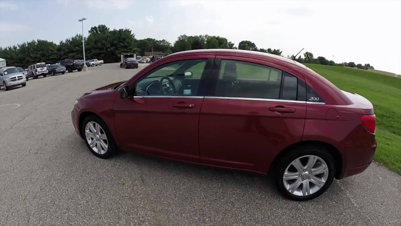 2013 chrysler 200 lx red great gas mileage indianapolis. Black Bedroom Furniture Sets. Home Design Ideas