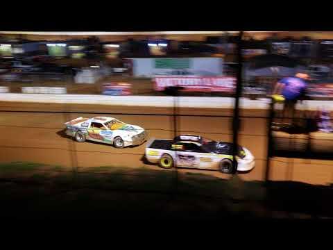 Thunder Bomber Main ...Laurens Speedway 6/2/18