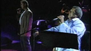 Pablo Milanés y Víctor Manuel - Un ramito de violetas