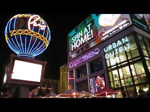 Las Vegas Strip walk Planet hollywood to Caesers Palace at night Vegas Strip