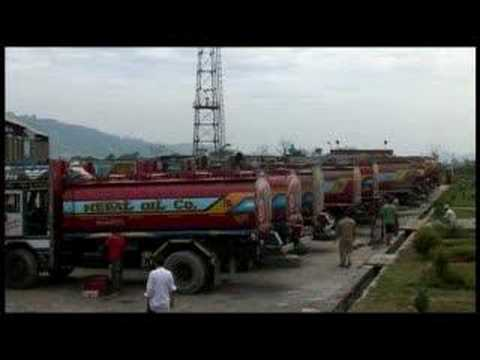 Fuel shortage grips Nepal - 07 Oct 07