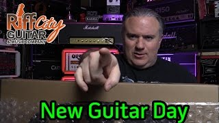New Guitar Day from Riff City Guitar - UNBOXING