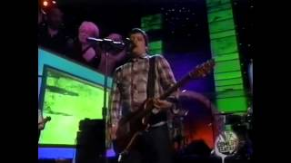 Modest Mouse - Float On (live on Last Laugh '04)