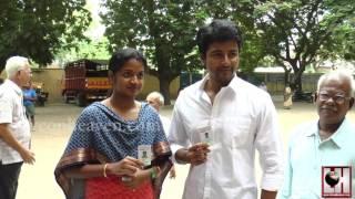 Actor Sivakarthikeyan Casts His Vote | Tamil Nadu Election 2016