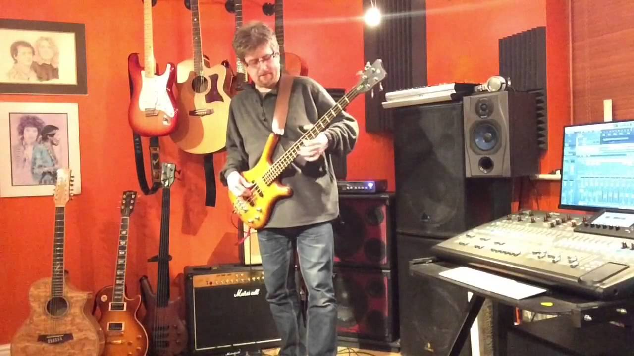 demo of tc electronic ditto looper used with a bass youtube. Black Bedroom Furniture Sets. Home Design Ideas
