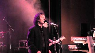Colin Blunstone and Band - Caroline Goodbye