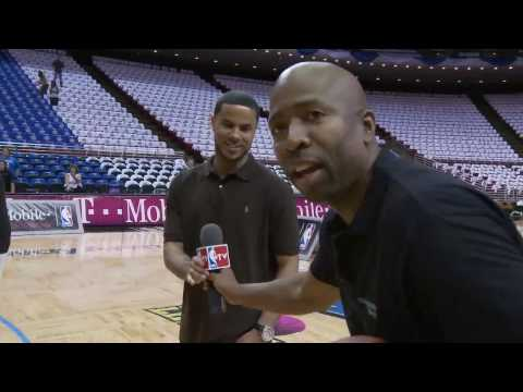 T-Mobile: Kenny Smith Reenacts His 3-Point Performance from the 1995 Finals